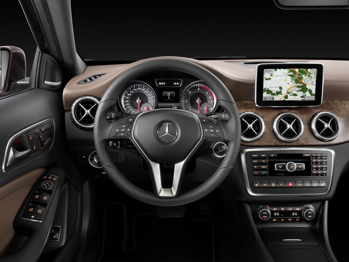 Mercedes gla class 2015 interior legatto lifestyle for Mercedes benz gla class india