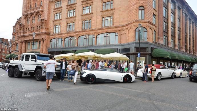 Mercedes G & Wagan Pagani