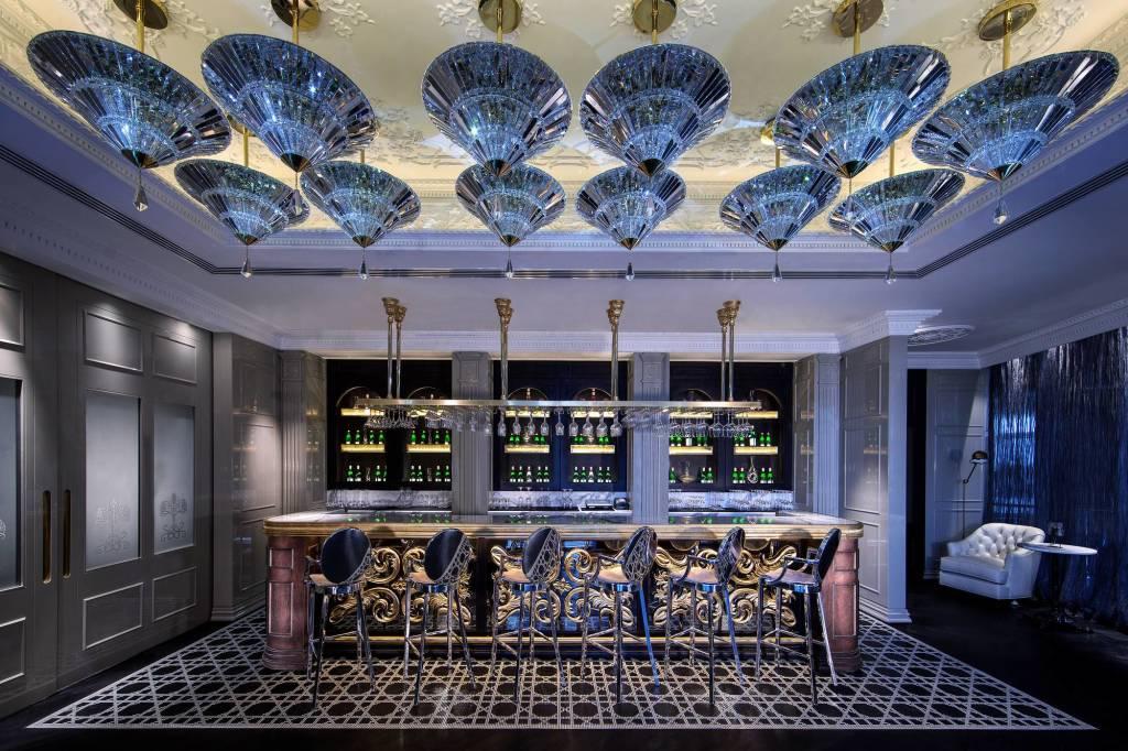 Jumeirah_at_Etihad_Towers_-_Brasserie_Ang_lique_Bar (2)