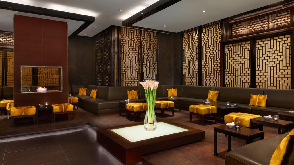 SetHeight800-Sra-Bua-Bar-interior-Hotel-Adlon-Kempinski