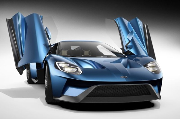 The All New Gt Supercar Features Rear Wheel Drive A Mid Mounted Engine And A Sleek Aerodynamic Two Door Coupe Body Shell It Is Propelled By The Most