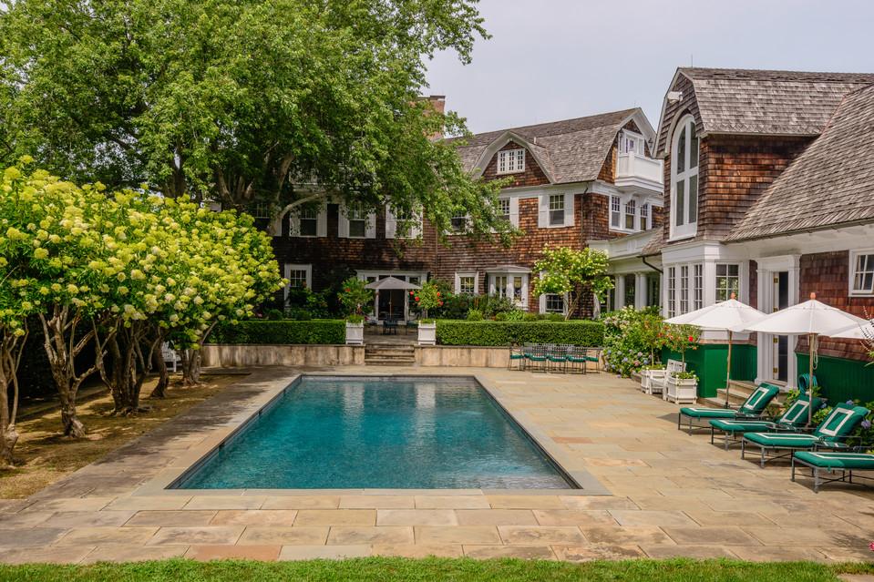 Hamptons Classic Home - Pool