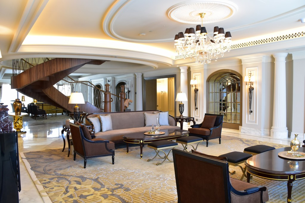 St Regis Dubai Unveils Its 20420 A Night Imperial Suite