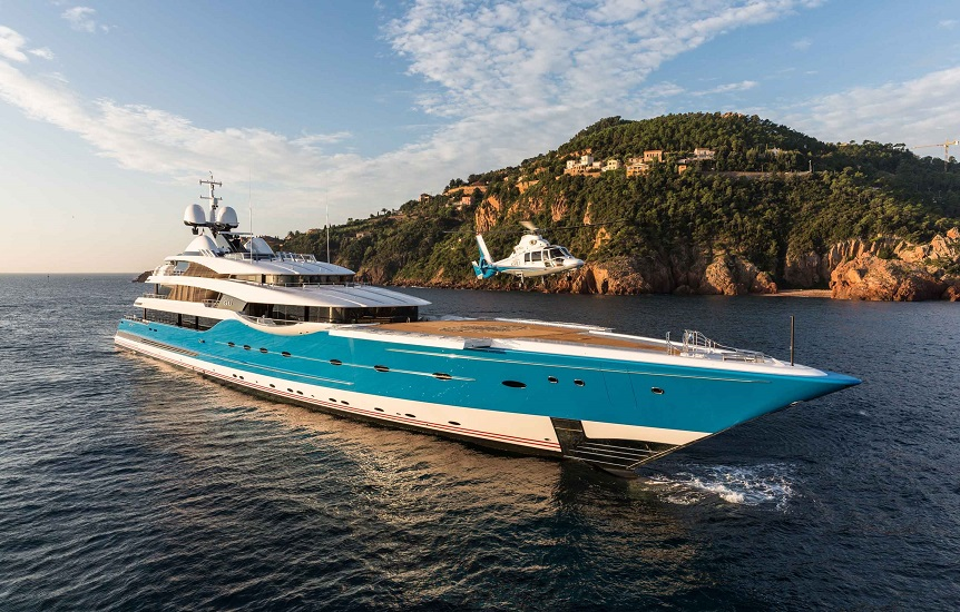 madame-gu-helicopter-superyacht-legatto-lifestyle-magazine